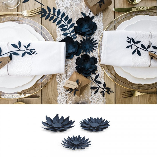 guirlande fleur bleu marine pour d co de table badaboum. Black Bedroom Furniture Sets. Home Design Ideas