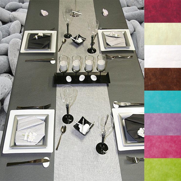 nappe de noel en tissu intiss 10m nappe de table pas ch re badaboum. Black Bedroom Furniture Sets. Home Design Ideas