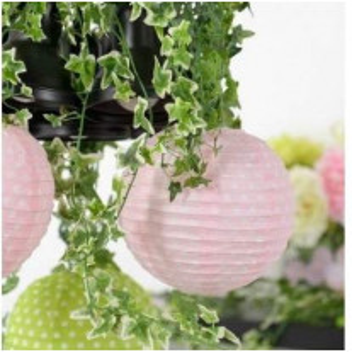Boule en papier chinoise rose a pois blanc