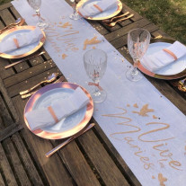 Chemin de table lin Blanc Vive les Mariés Rose gold