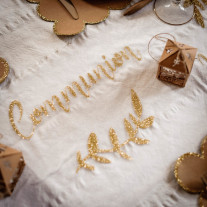 Chemin de table Organza Communion paillettes Or