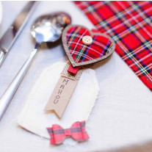 Pince en forme de coeur ecossais