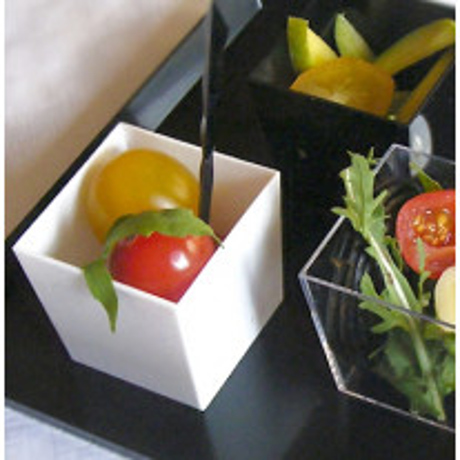 verrine cubique en plastique blanc